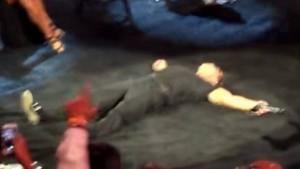 Luis Miguel en el suelo concierto