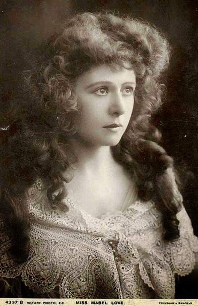 Mujer foto de cuando era joven tinder