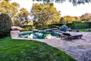 Más mundo acuático, otra piscina del chalet de Irene Montero y Pabo Iglesias